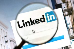 LinkedIn social media management image